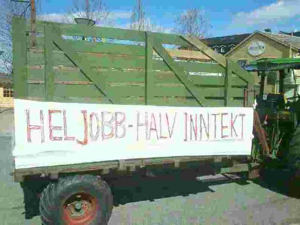 Ferdig dekorerte traktorer klar til innsats