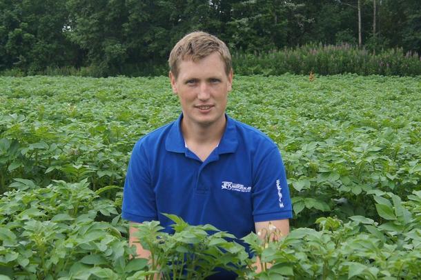 Dag Fredrik Eftedal, bonde i Vestfold og leder i Hedrum Bondelag, foto: Amund Kind.