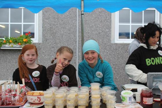 Pudding og is jentene.
