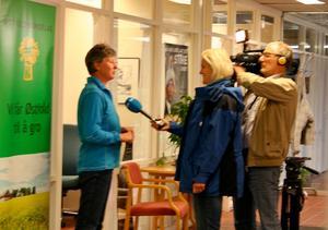 Leder i Østfold Bondelag, Martha Mjølnerød, intervjues av NRK Østfold om hvilke konsekvenser dagens tollendringer faktisk får.