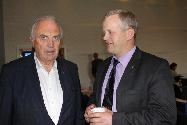 Svein Flåtten og Nils T. Bjørke.