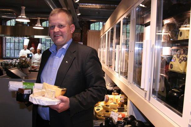 Bondelagsleder Nils T. Bjørke deltok under åpningen av Mathallen i Oslo. Nå kommer Bondens butikk samme sted, arkivfoto: Marthe Haugdal.