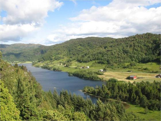Vassrammedirektivet: No kan du sjå kva vassdrag i Sunnfjord som er registrert med dårleg kvalitet
