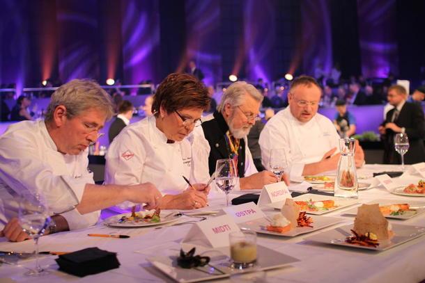 Juryen: Arne Brimi, Wenche Andersen, Halvor Heuch (som også mottok hedersprisen), og juryleder Bent Stiansen. Foto: Guro Bjørnstad.