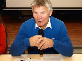 Ta gjerne turen til Fjærland for å utfordre Stortingsrepresentant Bjørn Lødemel med gode spørsmål.
