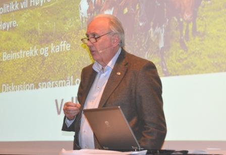 Svein Flåtten fortalte at Høyre er prinsipielt for tollvern, men likte ikke endringene som kom i fjor.