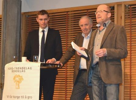 På spørsmål fra møteleder og leder i Nord-Trøndelag Bondelag Asbjørn Helland om Høyre var for en ny lov om god handelsskikk svarte Flåtten at han var skeptisk til en slik lov og var usikker på om en slik vil ha noe å si.