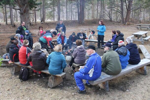 30 gamle og unge møtes til sosialdag 1. mai i regi av Saltdal Bondelag