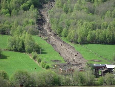 Jordras i Nord-Fron bakside. Foto: Eivind Bergseth, Norsk Landbruksrådgiving Gudbrandsdalen