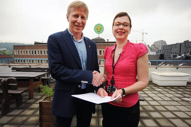 Generalsekretær Per Skorge i Norges Bondelag og adm. direktør Mari Velsand i Tun Media, foto Andreas Lunder.