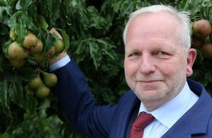 Bilettekst: Albert Jan Maat frå Nederland er valt til ny leiar for EU-bøndene sin fellesorganisasjon, COPA.