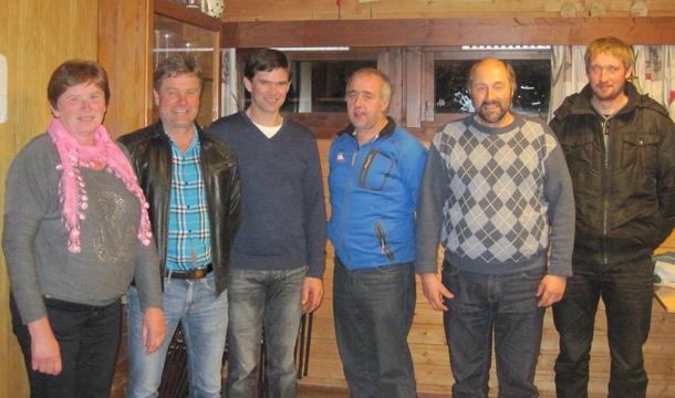 Bilete frå venstre:Else Juditt Eikevik, Stig Asle Midtbø, Magnus Andre Sundal, Per Inge Midtbø,Jan Arve Midtbø og Magne Eikevik