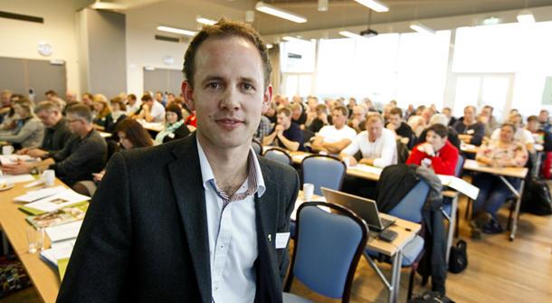 - Skal vi ha matproduksjon, må vi ta vare på matjorda som er igjen i dette landet, sa Arnstein Røyneberg.