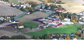 Valle videregående skole, midt i Lena sentrum