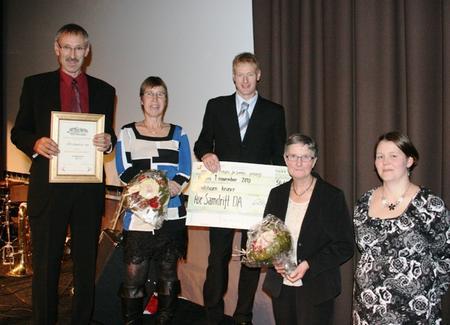 Åse Samdrift fekk Anton Mindes Ærespris for framifrå gardsdrift