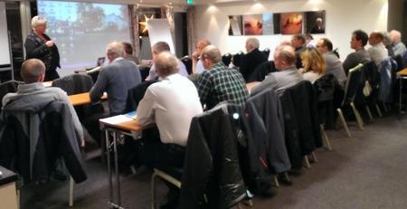 Brita Skallerud, 2. nestleder i Norges Bondelag og deltakerne på regionmøte på Tyrifjord Hotell 27.11.