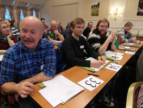 Vi skal ikke klage på humøret til lederne i Nordland Bondelag, Helge Larsen og resten av gjengen er klar til innsats.