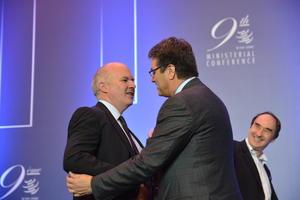 Generaldirektør Albert Azevedo i WTO og forhandlingsleiar på landbruk, John Adank, foto: Hildegunn Gjengedal.