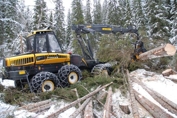 Trond Myrslo i Myrslo skogavvirkning AS fatter ikke hva avgiftsøkninga på anleggsdiesel skal være godt for. (Foto: Myrslo)