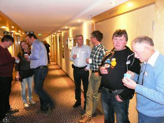 Fra venstre; Odd Arne Lien, Frei BL, Marte Halvorsen, Halsa BL, Konrad Johan Kongshaug, Averøy BL, æresmedlem Gunnar Wentzel, Molda, Anders Øverbø, Rauma BL, Ronny Halås, Eide BL og Per J. Løvik, Gossen BL (Foto: Arild Erlien).