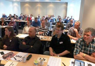 Årsmøtet samlet nærmere 80 utsendinger og gjester