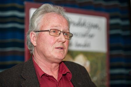 Svineprodusent Jan Edvin Hoem (Foto: Arnold Hoddevik).