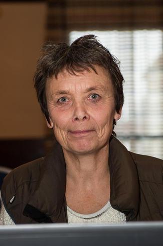 Sauebonde og direktør ved Bioforsk Økologisk, Kristin Sørheim (Foto: Arnold Hoddevik)