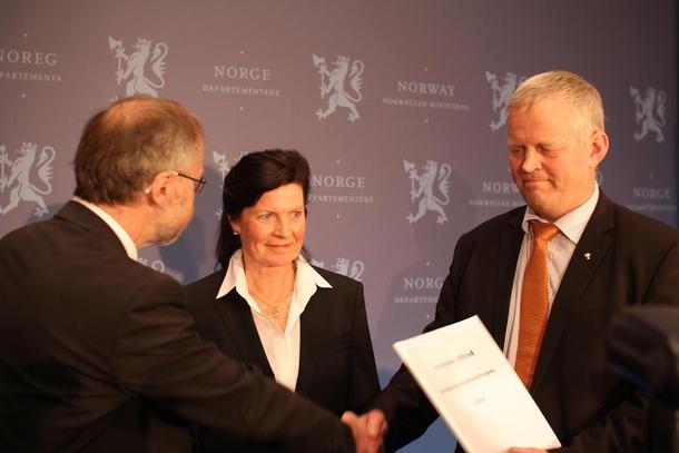 Leif Forsell, Merete Furuberg og Nils T. Bjørke. Foto: Guro Bjørnstad
