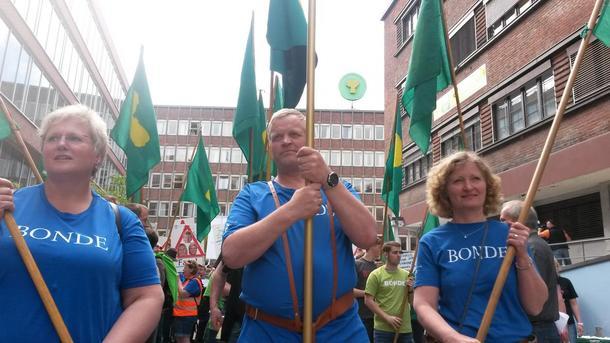 2. nestleder, Brita Skallerud, leder Nils T. Bjørke og 1. nestleder Kristin Ianssen.