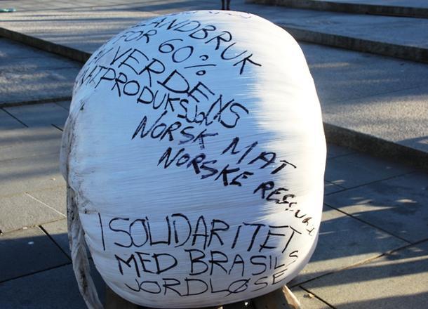 I solidaritet med Brasils jordløse
