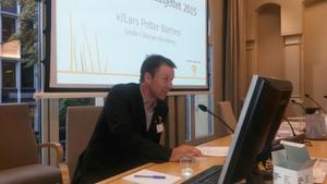Lars Petter Bartnes på høyring i finanskomiteen.