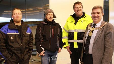 Trygve Selbak (gårdseier), Jon Egil Jakobsen (jordbruksavdelingen i Time), Arne Berge (formann i Time bondelag) og Reinert Kverneland. FOTO: Pia Hetland