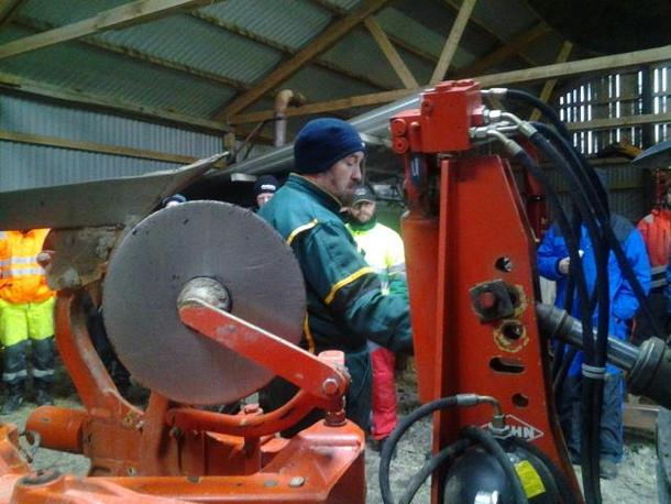 Ole Tessem instruerte om innstillinger og samsvar traktor og plog.