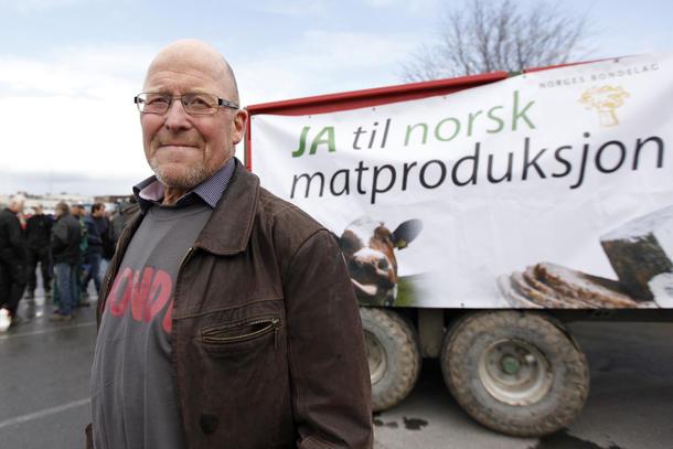 - En sammenslåing vil bare ha legitimitet i den nordtrønderske befolkningen etter en folkeavstemning, sier bondelagsleder Asbjørn Helland.