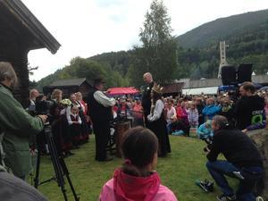 Bryllaup i Sterke-Nils tunet på Dyrskuplassen i Seljord