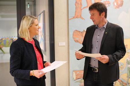Sylvi Listhaug får brev fra Bartnes og de nordiske bondeorganisasjonene for å stramme inn antibiotikabruken i EU.