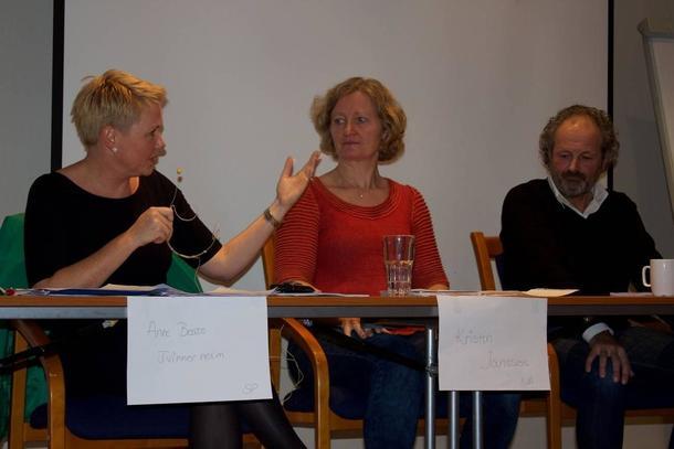 Anne Beathe Tvinnereim, Kristin Ianssen og Jan Erik Grindheim i debatt på TTIP-seminaret til Nei til EU