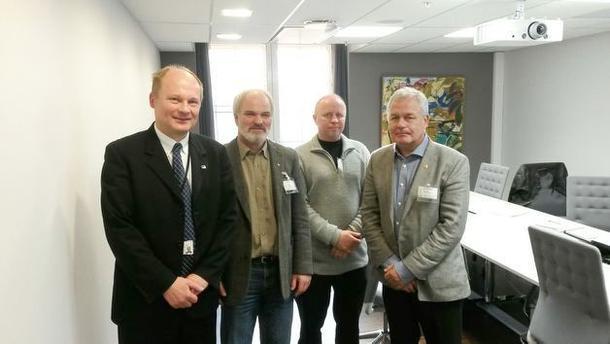 Bilde fra venstre: Lars Andreas Lunde (statssekretær KLD), Einar Frogner (styremedlem i Norges Bondelag), Pål Kjorstad (styremedlem i Norsk Sau og Geit og John Petter Løvstad (assisterende generalsekretær i Norsk Bonde- og Småbrukarlag).