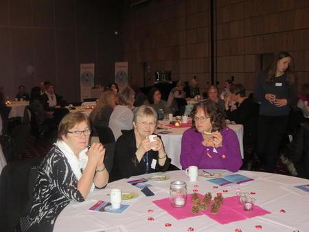 Kvinner Kan 2015 Damer i salen