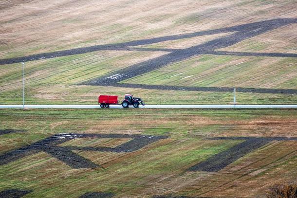 Landart er standbunden kunst - og ein del av kvardagslivet. Som her på Ørlandet. Foto: Dan Ågren/LANDART Fosen