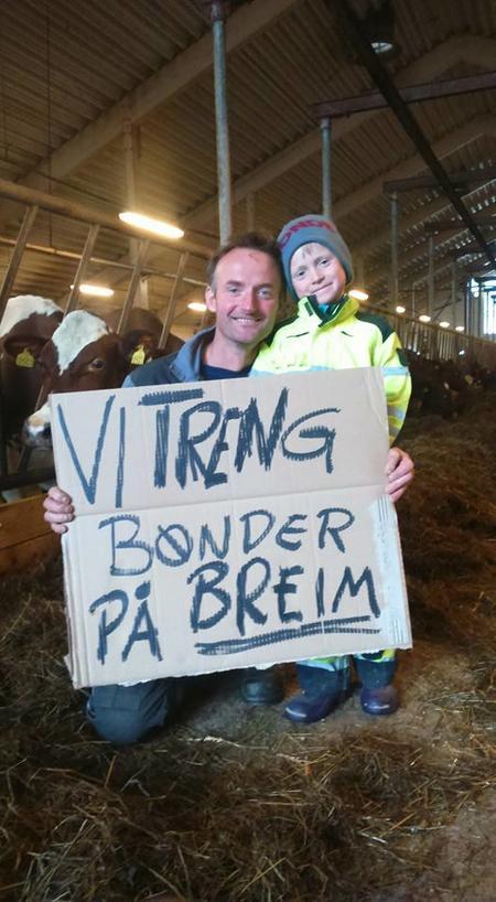 Anders Felde og sonen Jakob meiner at Noreg og verda treng bønder på Breim