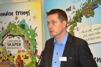 Avroppende fylkesleder Inge Martin Karlsvik.