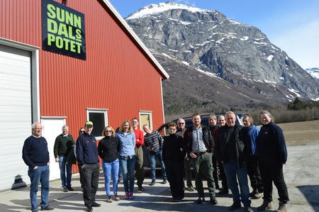 Møre og Romsdal og Troms på besøk hos Sunndalspotet