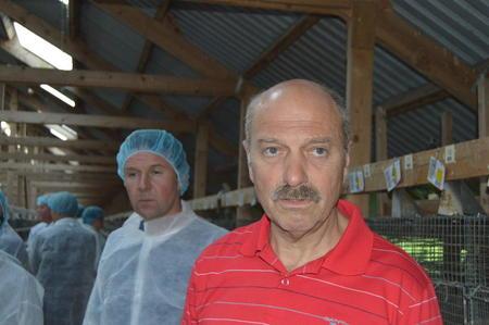 Styret i Norges Bondelag med leder Lars Petter Bartnes i spissen besøkte pelsdyrgarden til Svein Arne Øye. (Foto: Arnar Lyche).