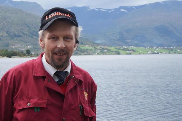 VERVA NYE MEDLEMMER TIL BONDELAGET: Nils Magne Gjengedal sto på stand for Sogn og Fjordane Bondelag.