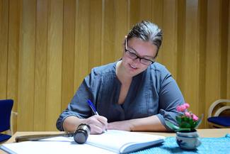 GJENVALGT: Leder Anette Liseter fortsetter.