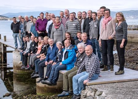 Deltakarane på leiarmøtet i Rosendal