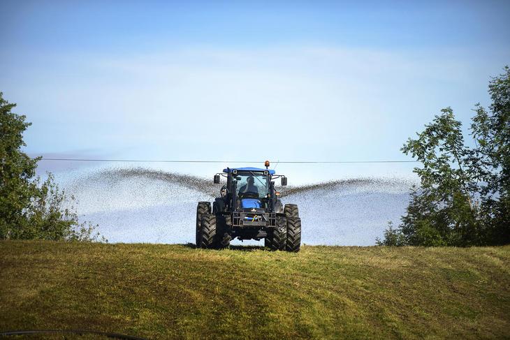 Traktor på jorde