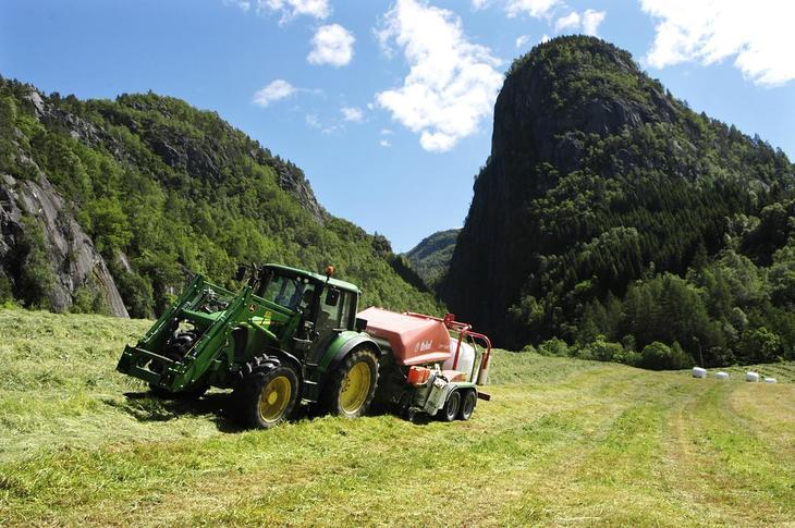 Traktor illustrasjonsbilde