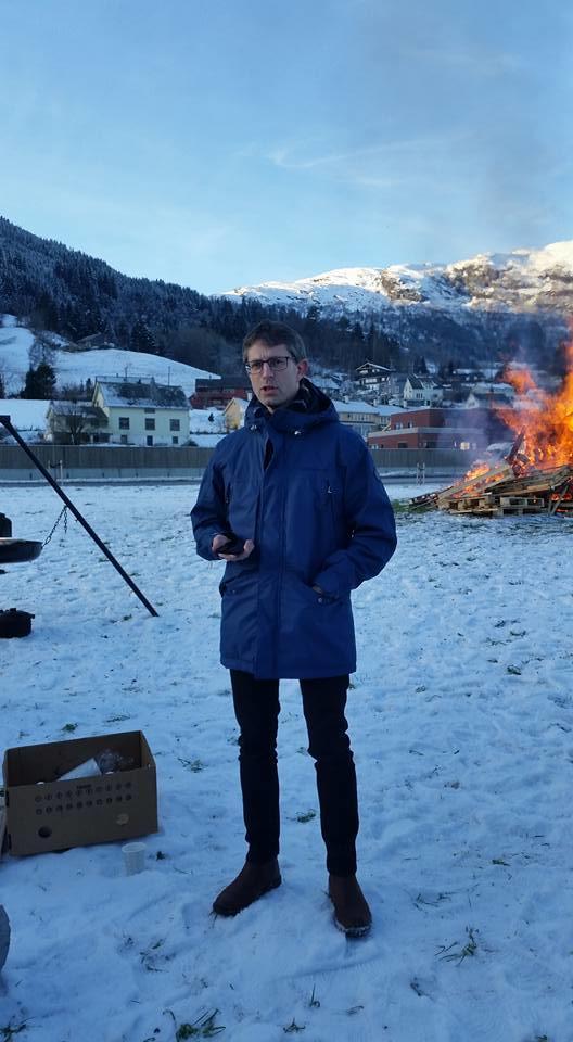 Ordførar på Voss, Hans-Erik Ringkjøb, held apell